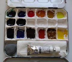 New portable palette